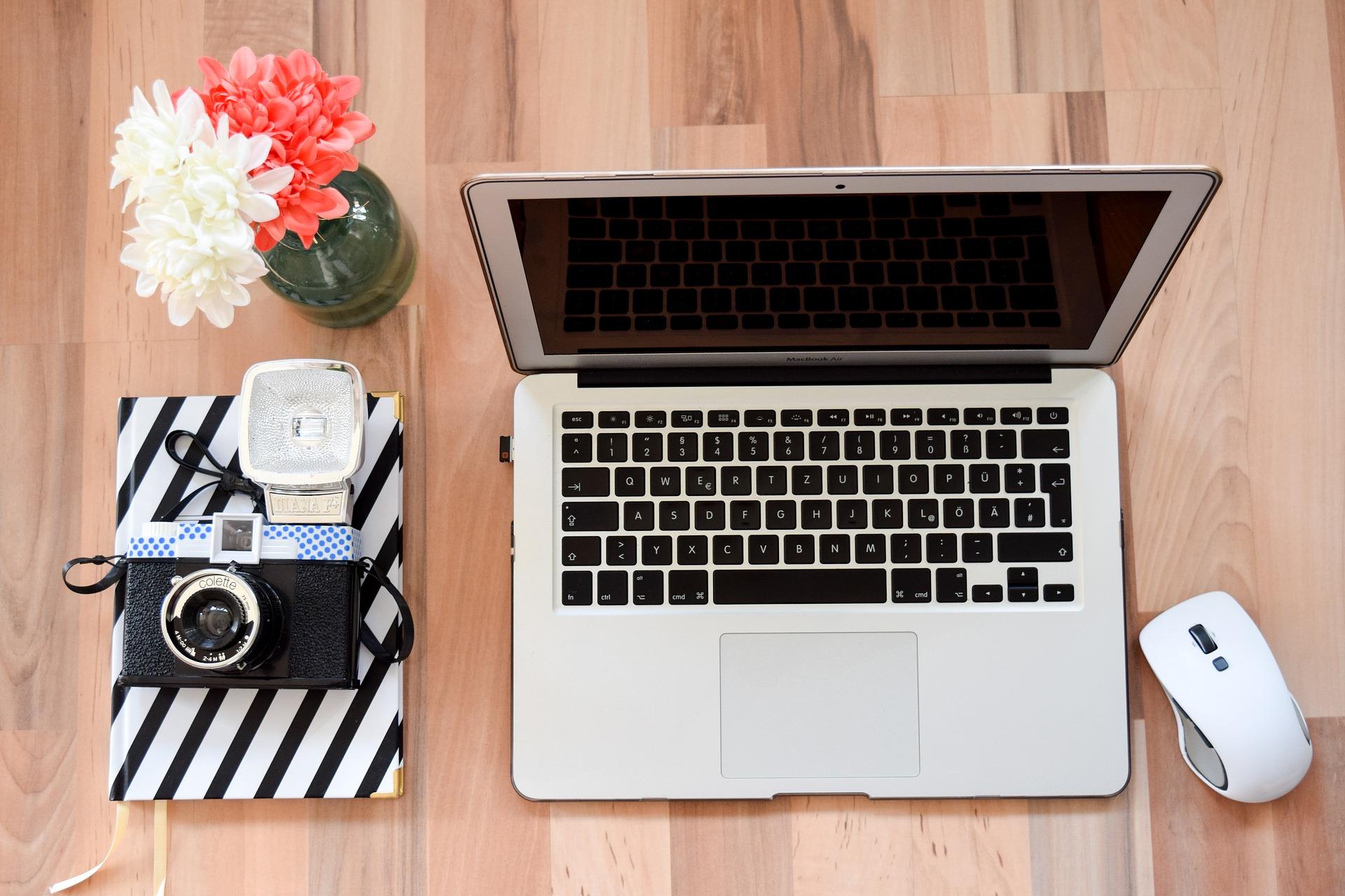5 formas de ganhar dinheiro sem sair de casa