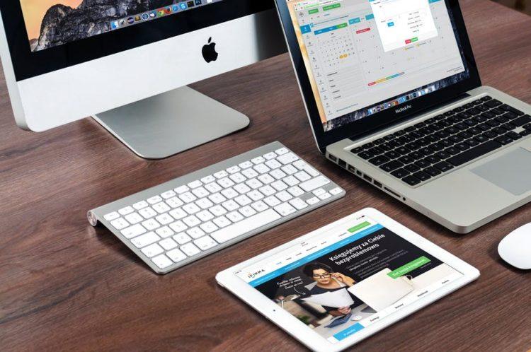 Imagem meramente ilustrativa de como ganhar dinheiro como Web site