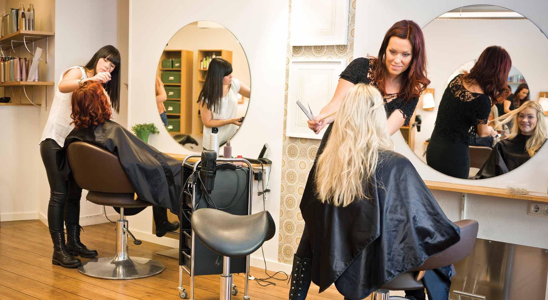 Imagem ilustrativa de como ganhar dinheiro como cabelereiro