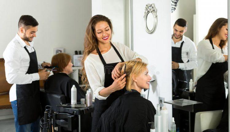 Imagem meramente ilustrativa de como ganhar dinheiro como cabelereiro