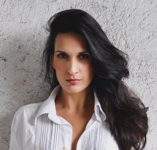 Alessandra cristina dos santos modelo em s o paulo sp for Cristina dos santos